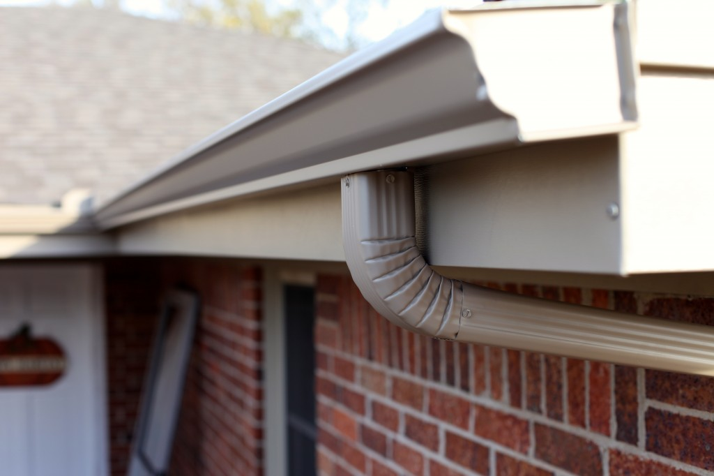 Amarillo Seamless Gutter Contractor Lone Star Windows
